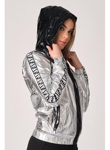 Denim Republic Yağmurluk Gümüş